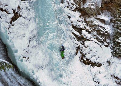 Cascada Valul Miresei - Rachitele
